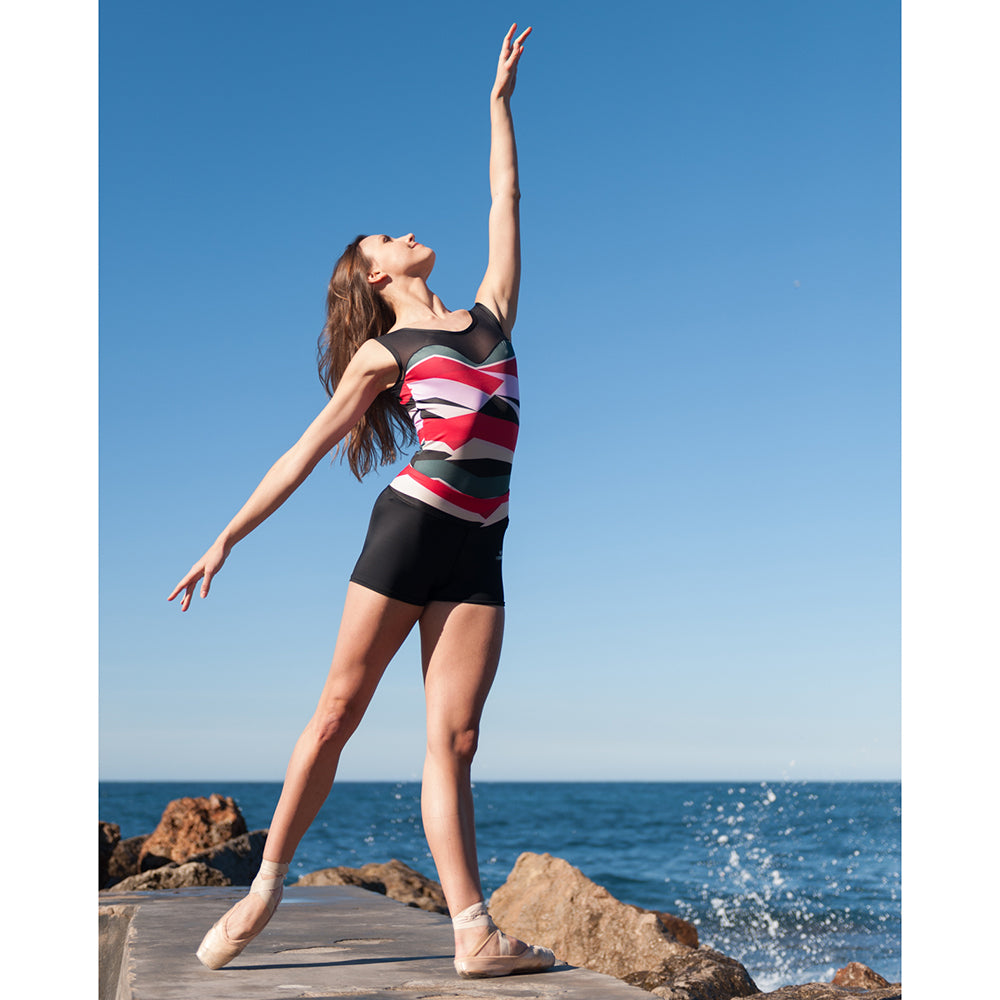 Boatneck Geo Leotard 1902 With shorts in Mallorca