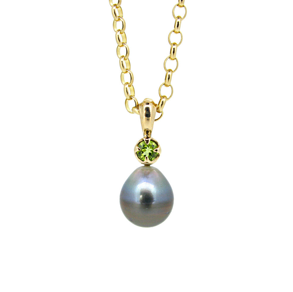 Obelia pendant with Tahitian pearl and peridot