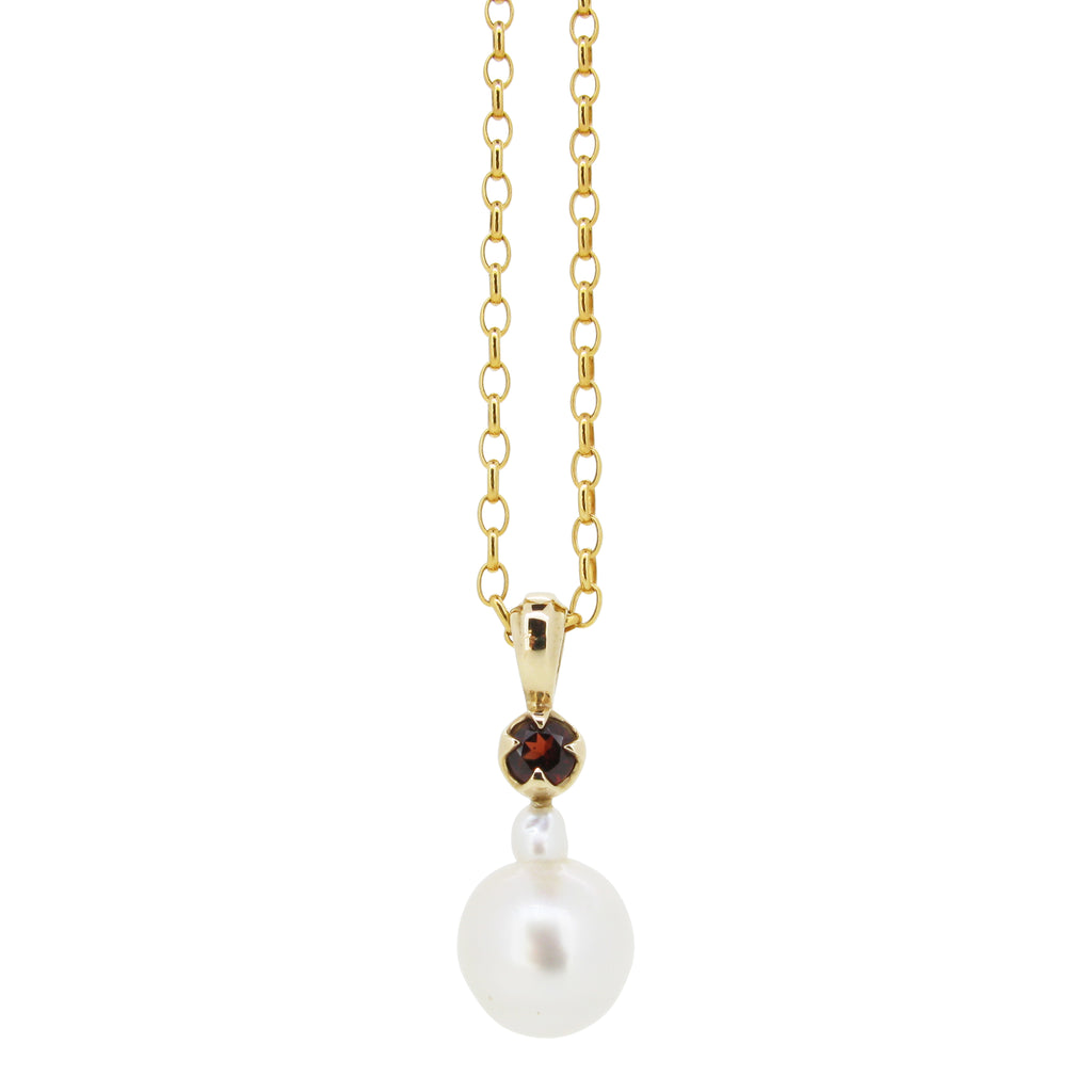 Little Obelia pendant, 9ct, set with white south sea pearl and garnet
