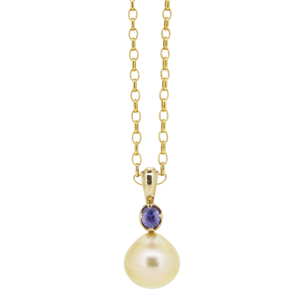 Little Obelia pendant, 9ct, set with Gold south sea pearl and purple sapphire