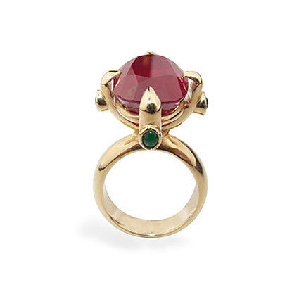 Queen Ring/madagascan ruby and emerald