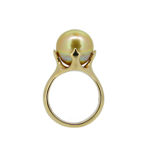 Majesty Ring with Gold South Sea pearl