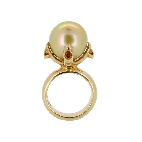Queen Ring with Gold South Sea Pearl and golden Sapphires