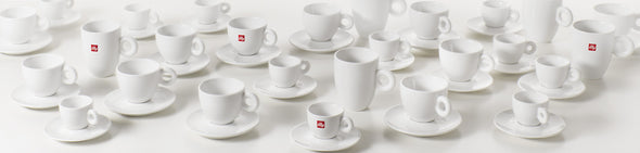 illy Logo Cups