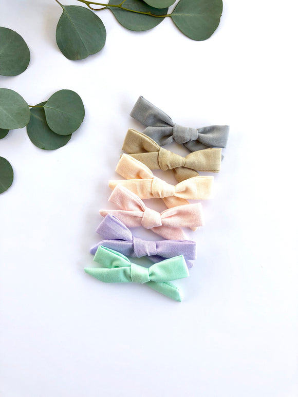 Deluxe Neutral Mini Baby Bow Set