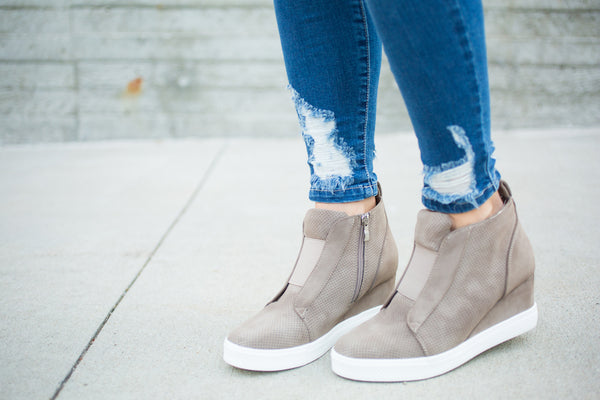 Zip up Wedge Sneaker - Taupe