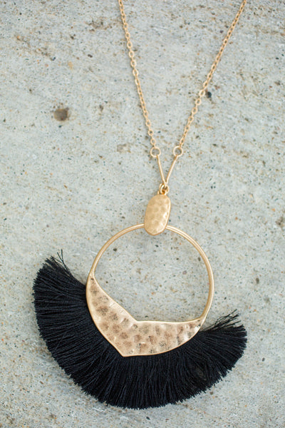 Tassel Pendant Necklace - Black