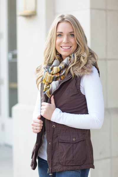 Fur Collared Vest -M-L - 2 Colors
