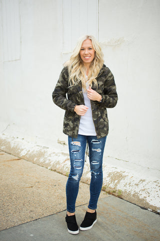CAMO JACKET WITH FUR HOOD - Small-3X