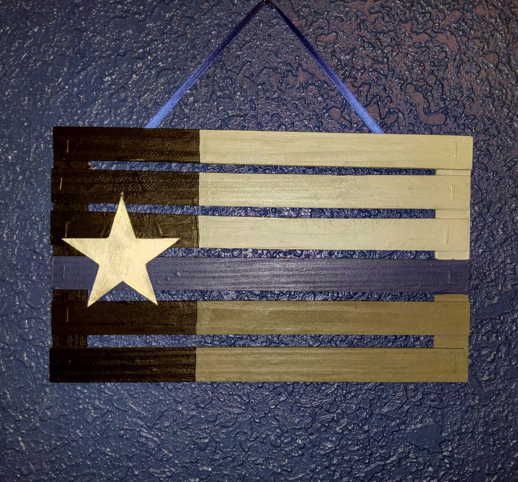 Texas Flag Police Officers Thin Blue Line Mini Pallet Wall Hanging