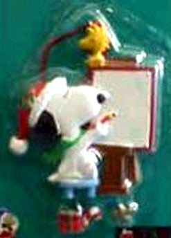 Peanuts Snoopy Dangle Ornament