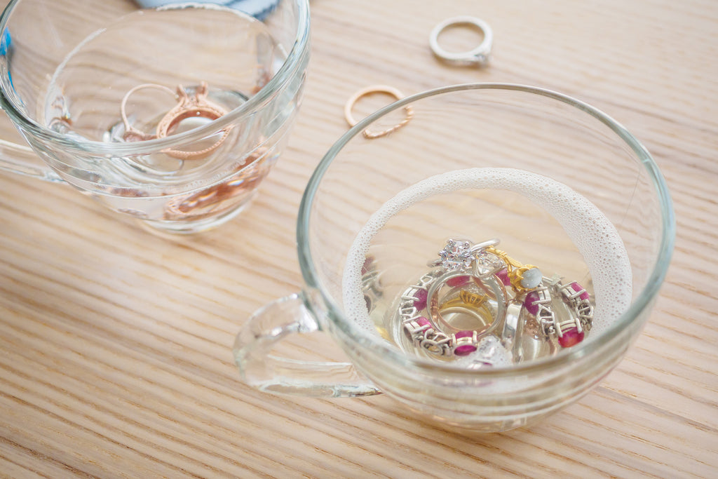 ways to prevent tarnish on silver jewelry