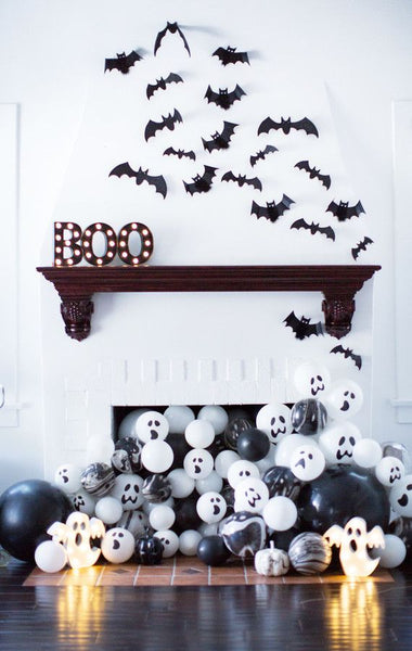 Halloween Mantle with Bats and Fireplace Ballon Ghosts from Narrative Decor