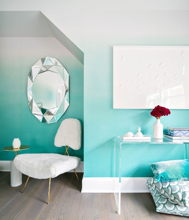 Teal Turquoise Ombre Painted Beach House Walls