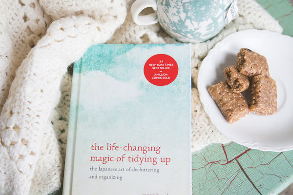 { The Life Changing Art of Tidying Up }