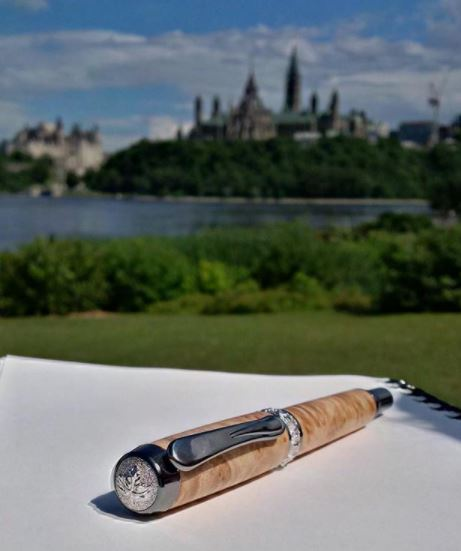 UWW - Maple Leaf Hand Turned Wooden Pens