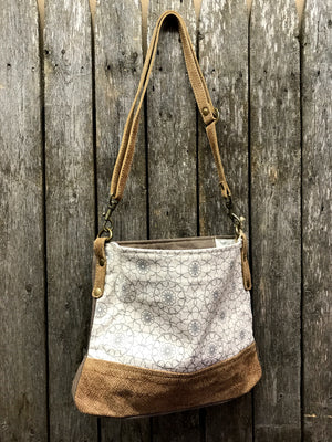 Ferris Wheel Cross-body