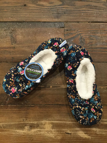Ballerina Quilted Snoozie in Black Floral