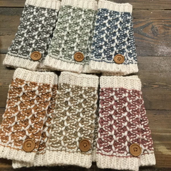 Simply Noelle Nantucket Wrist Warmers with Button (wristlet)