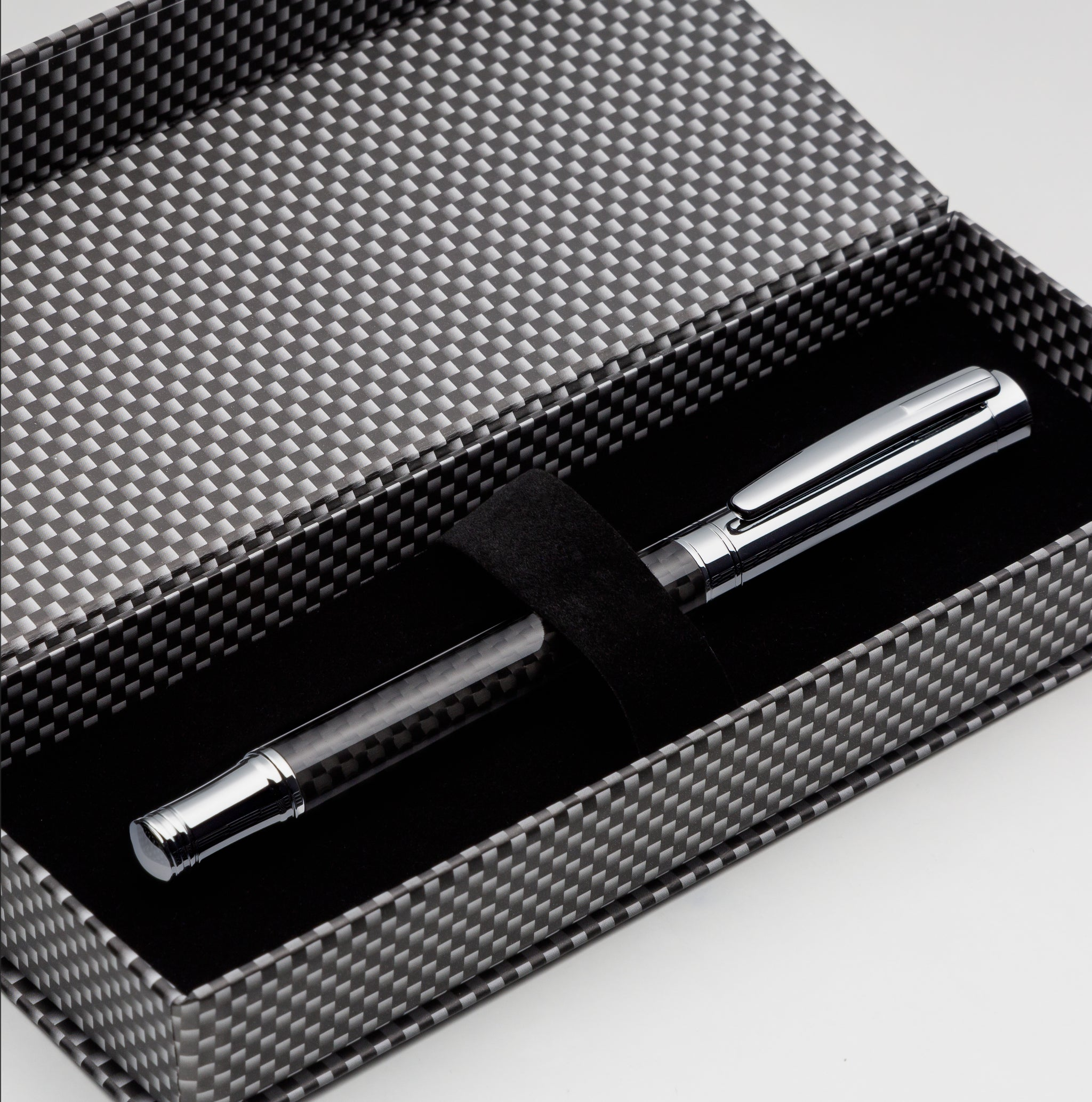 Carbon Fiber Fountain Pen