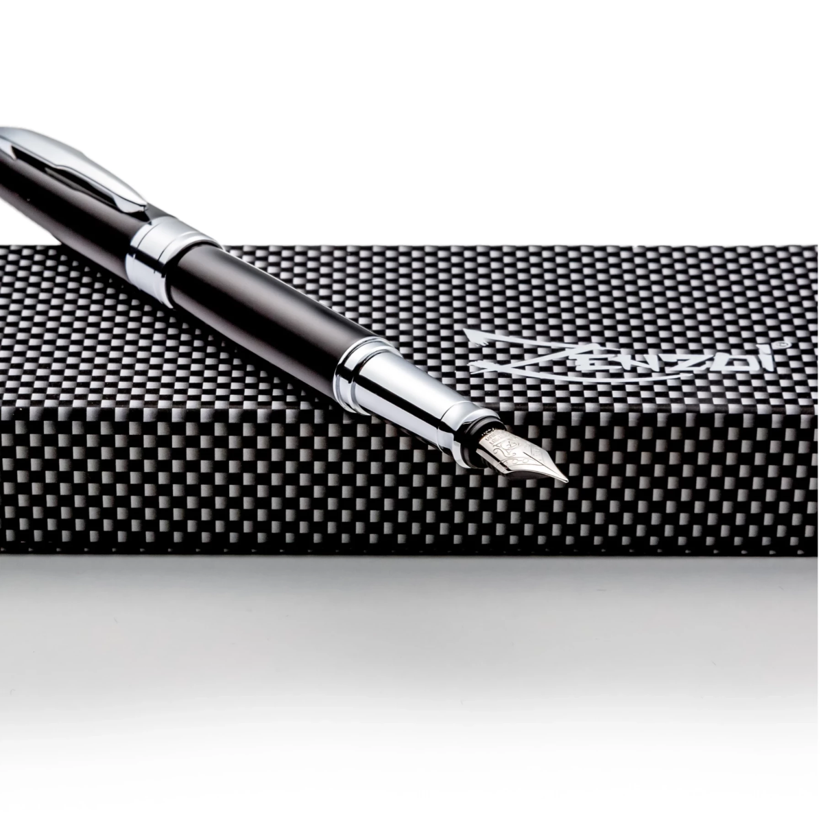 Black on Silver Metal Fountain Pen Set W/ German Schmidt Fine Nib & Gift Box Case