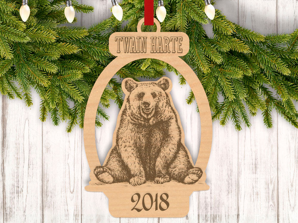 Personalized Christmas Bear Sitting with Location and Year Engraved Holiday Christmas Ornament - Bee3dgifts