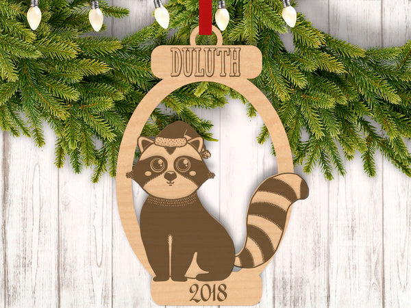 Personalized Christmas Raccoon with Location and Year Engraved Holiday Christmas Ornament - Bee3dgifts
