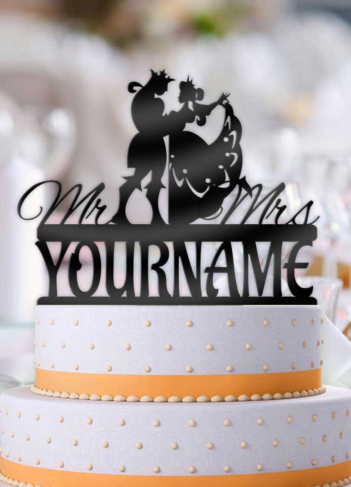 Personalized Classy King And Queen Dance With Name Wedding Cake