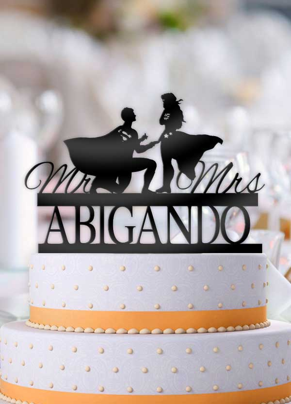 Personalized Superman Proposing Wonder Woman with Name Wedding Cake Topper - Bee3dgifts