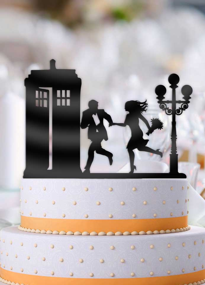 Rush to the Tardis with Lamppost Wedding Cake Topper - Bee3dgifts