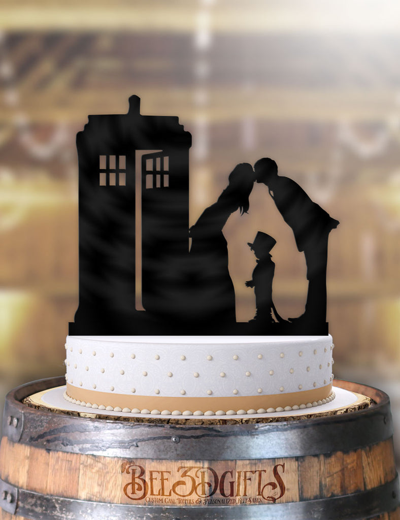 A Very Tardis Kiss with Child Cake Topper - Bee3dgifts