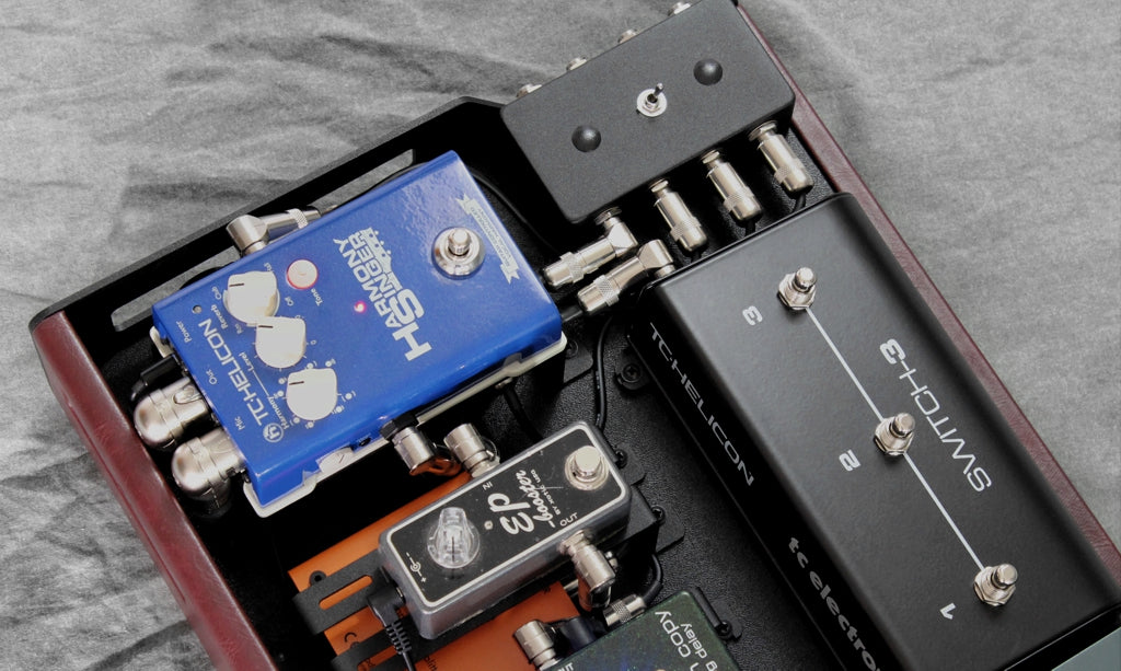 Custom pedalboard_pedal risers_TC Switch-3_Harmony Singer