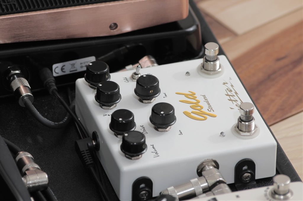 Jetter Gear Gold Standard mounted to Helweg custom pedalboard