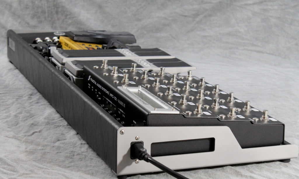 OpenWing 13 Custom Pedalboard_Fractal MFC-101_Boss FV 500L Expression