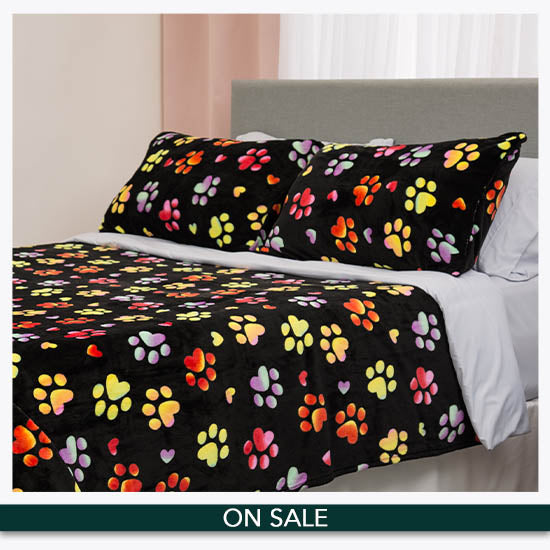 Super Cozy™ Paws & Hearts Bedding - On Sale