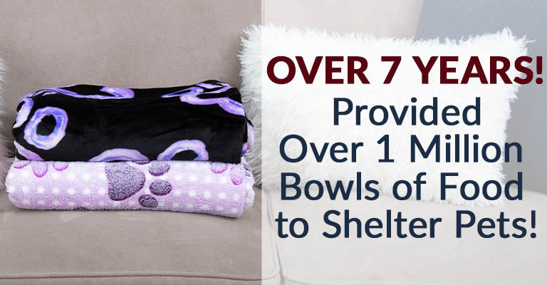 Super Cozy™ Fleece Paw Print Throw Blanket | Provided over 1 million bowls of food to shelter pets