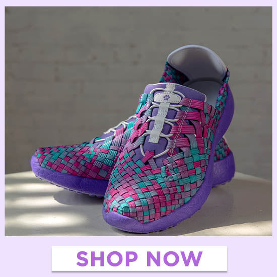 Purple Paw Woven Walking Shoes