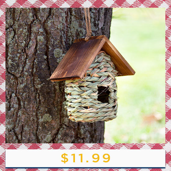 Hanging Nesting Birdhouse with Roof - $11.99