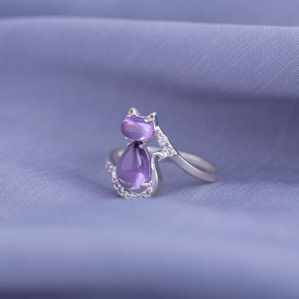 Sitting Kitty Sterling & Amethyst Ring