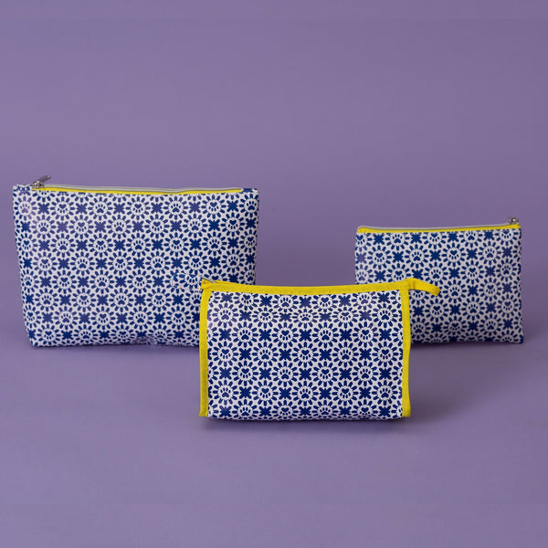 Indigo Paws Cosmetic Bag Set