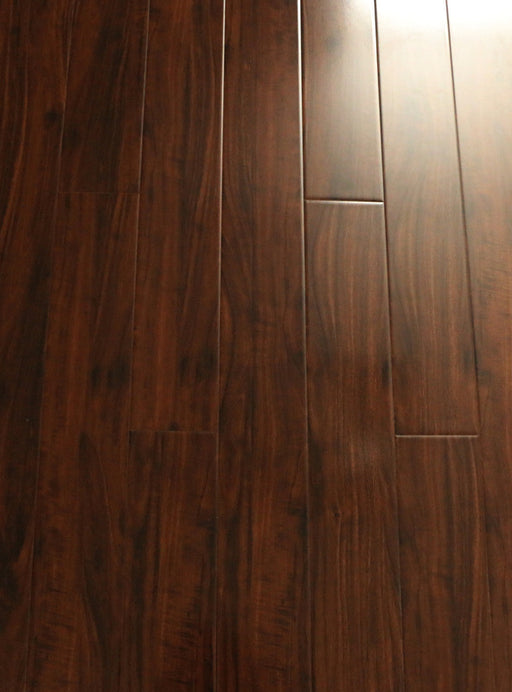 RSTM #6203 Sandalwood - 12.3 mm Laminate High Gloss