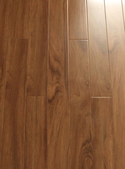 RSTM American Walnut - 12.3 mm Laminate High Gloss