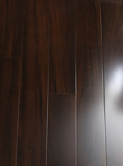 RSTM Walnut - 12.3 mm Laminate High Gloss