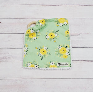 Teething Lovey - Light Green Spring Blossom