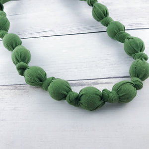 Teething & Nursing Necklace - Olive Green