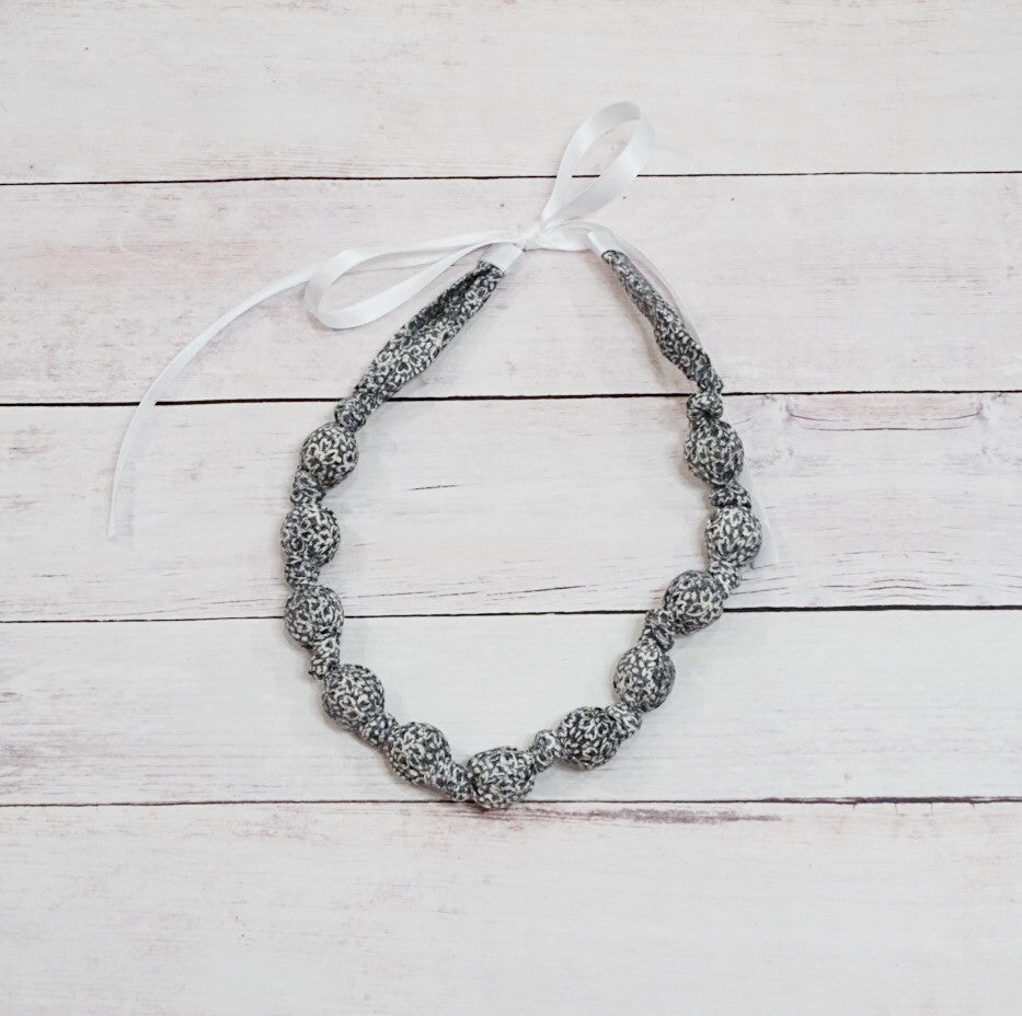 Teething & Nursing Necklace - Grey Floral