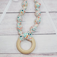 Teething & Nursing Necklace - Sweet Pea Floral Ring