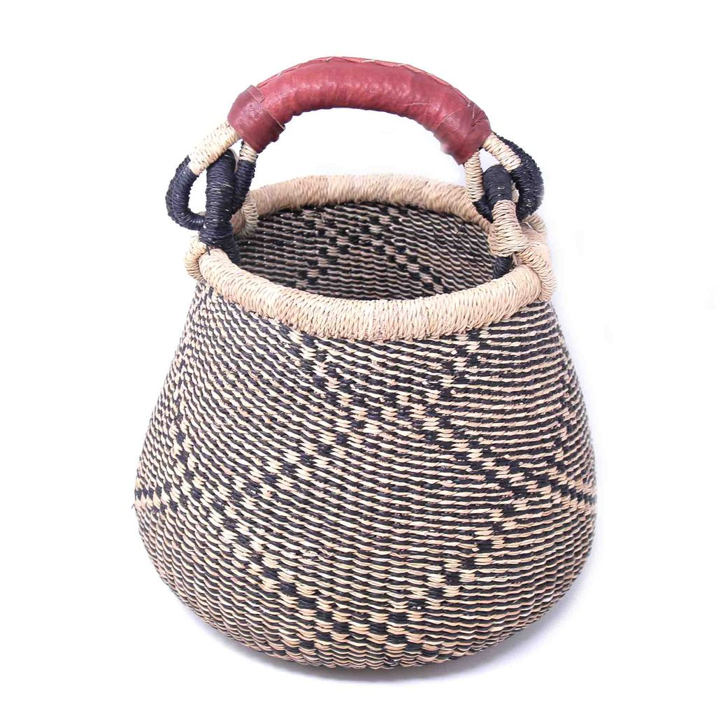Small Bolga Pot Basket - Navy/Neutral