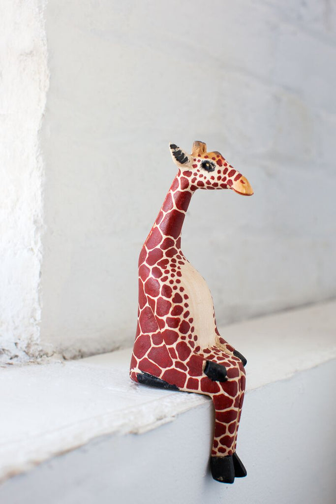 Handcarved Sitting Giraffe Shelf Decor - fairtribe