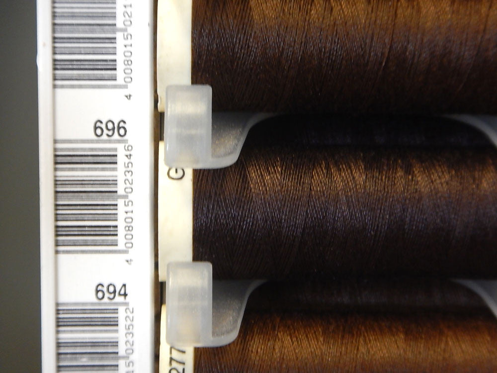 Sew All Gutermann Thread - 100m - Colour 696 - Craftyangel